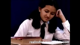 Indian School Damsel Porn Video