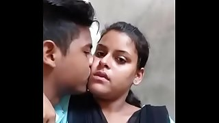 Desi college lovers super hot kiss